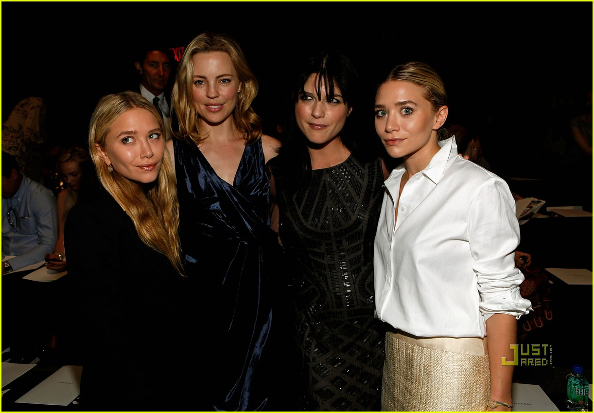 mary kate ashley olsen j mendel fashion week 03