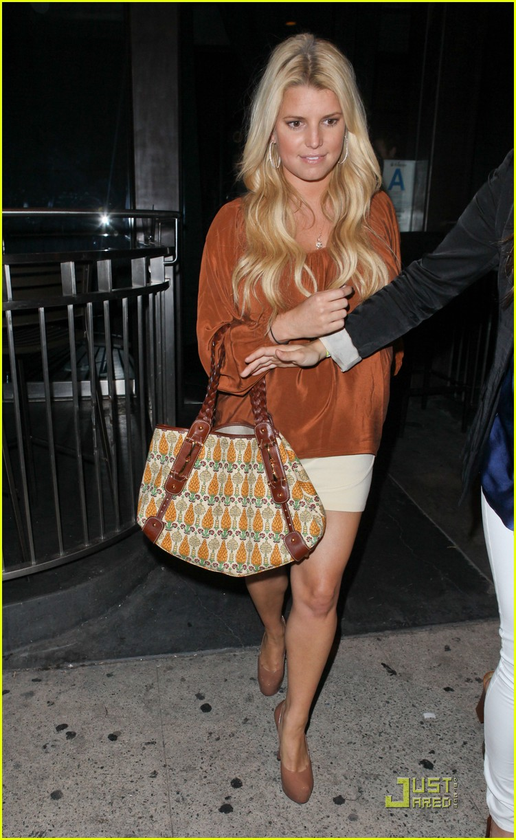 jessica simpson eric johnson one year engagement party 09