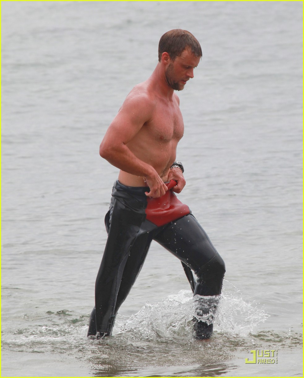 jesse spencer shirtless surfer 06
