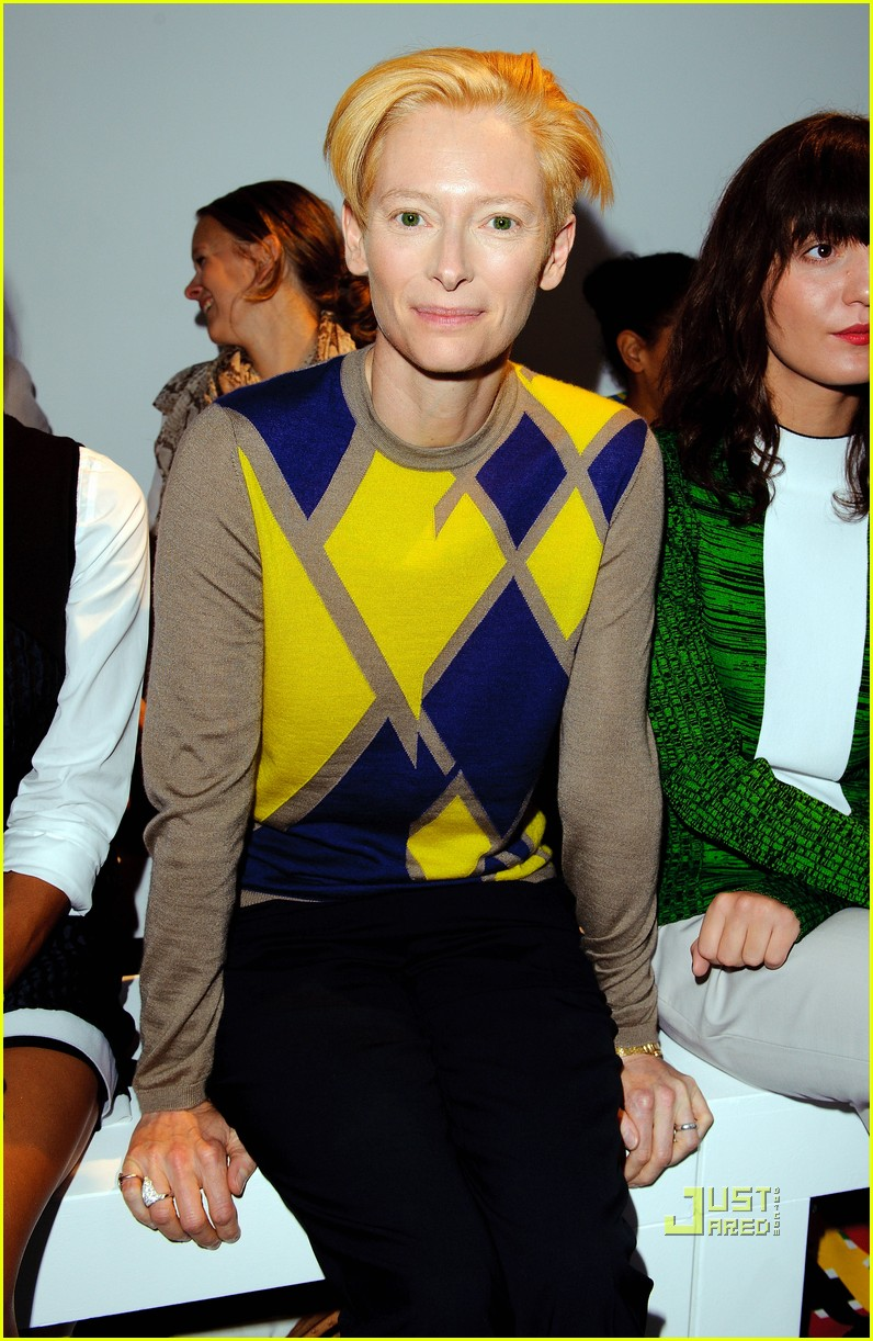 tilda swinton pringle fashion show 02
