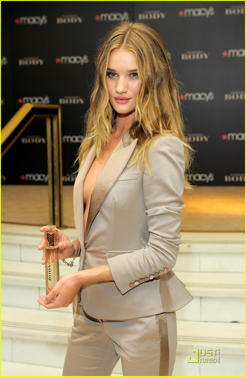 rosie huntington whiteley macys 05