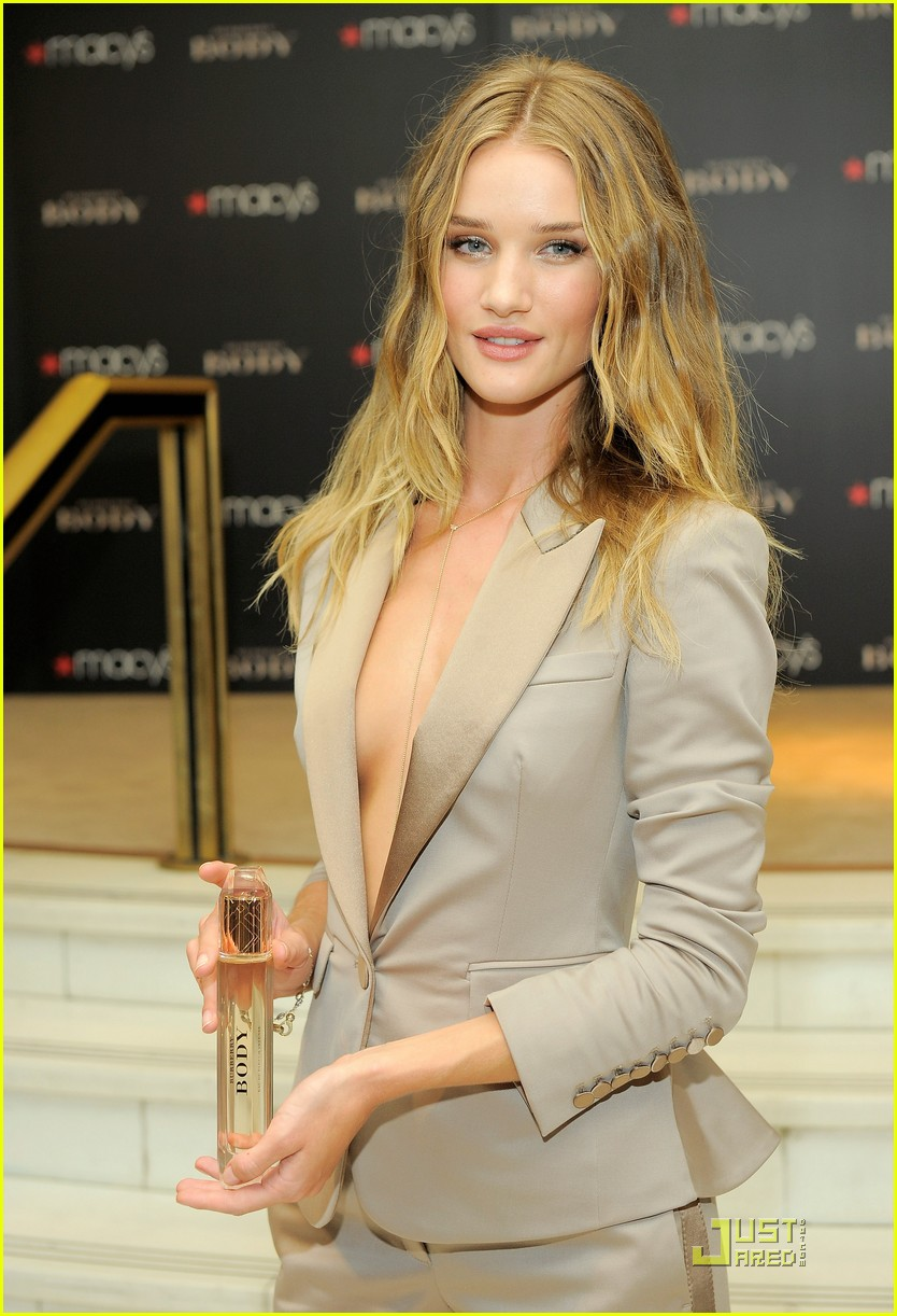 rosie huntington whiteley macys 092579352