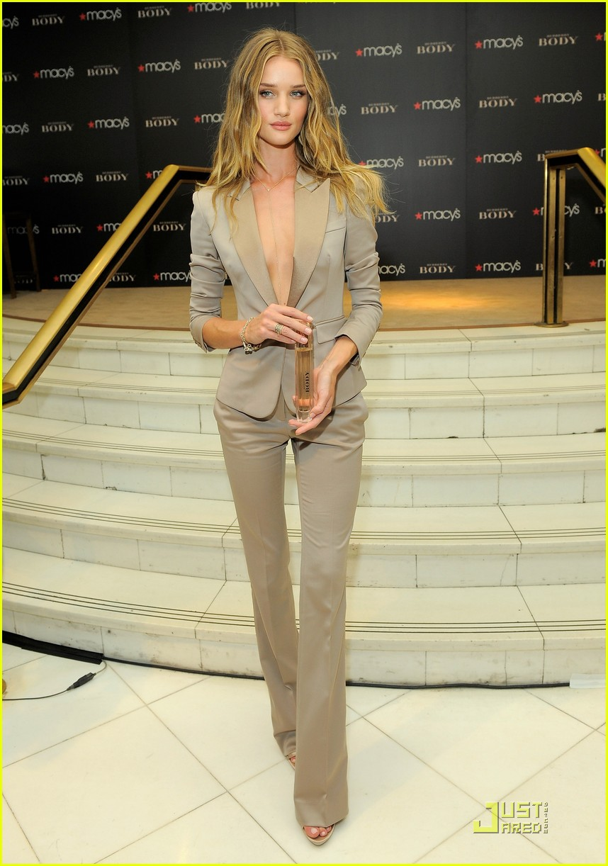 rosie huntington whiteley macys 10