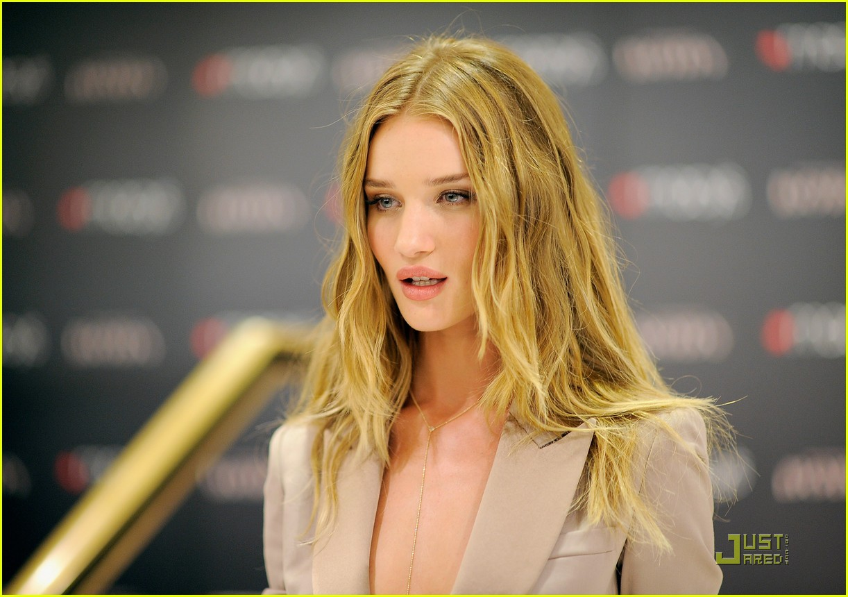 rosie huntington whiteley macys 152579358