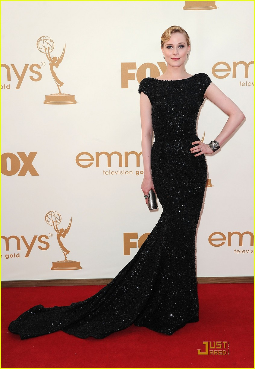 evan rachel wood emmys 2011 red carpet 03