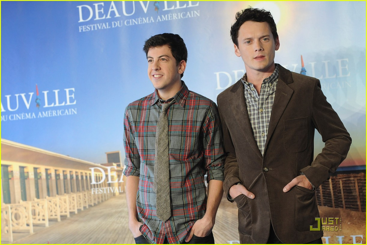anton yelchin christopher mintz plasse fright night deauville 07