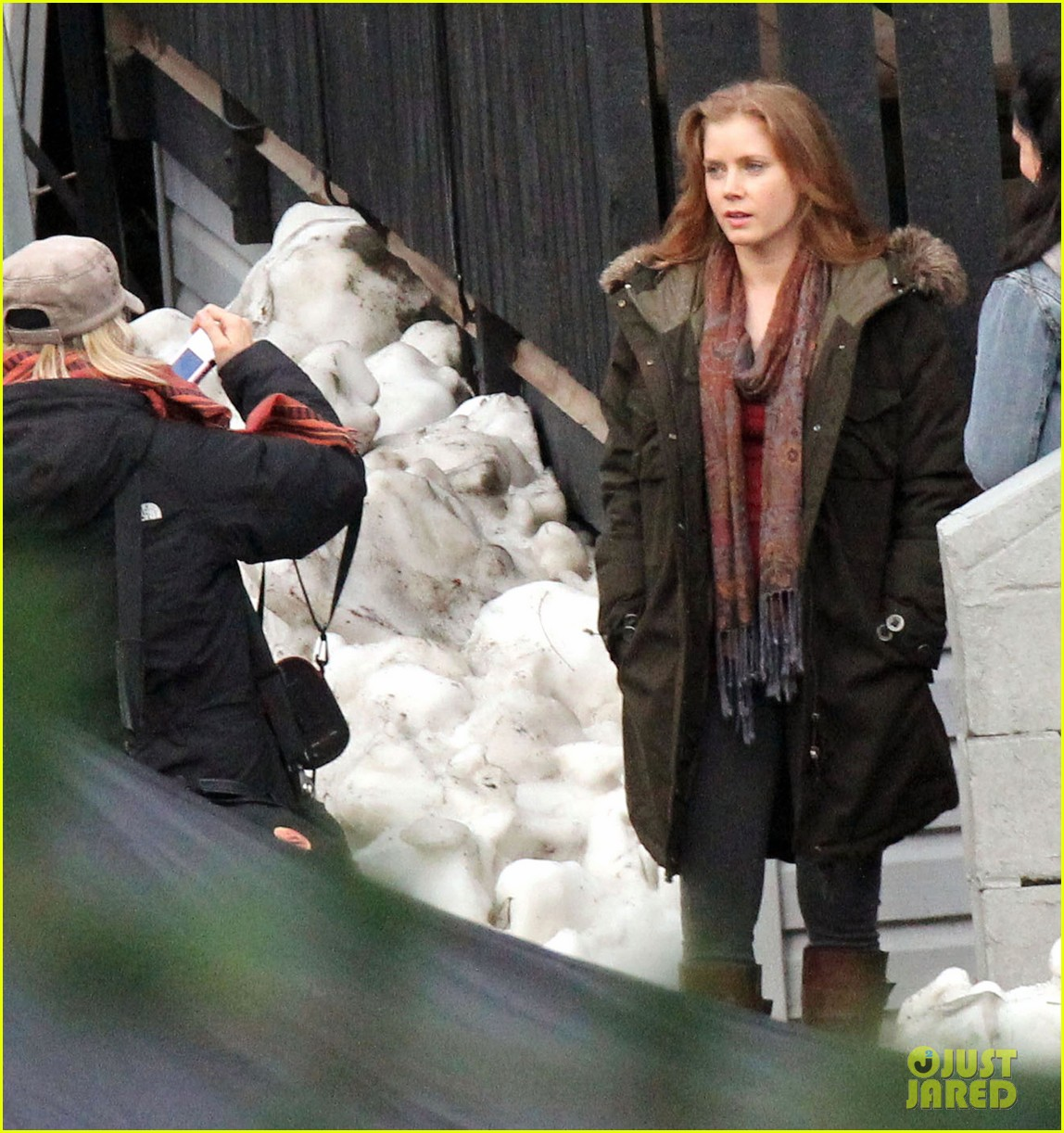 amy adams on set of man of steel 10