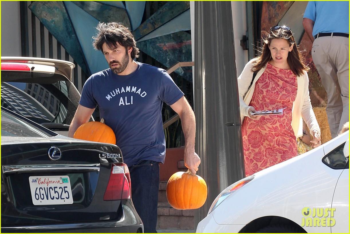 ben affleck jennifer garner pumpkins 20