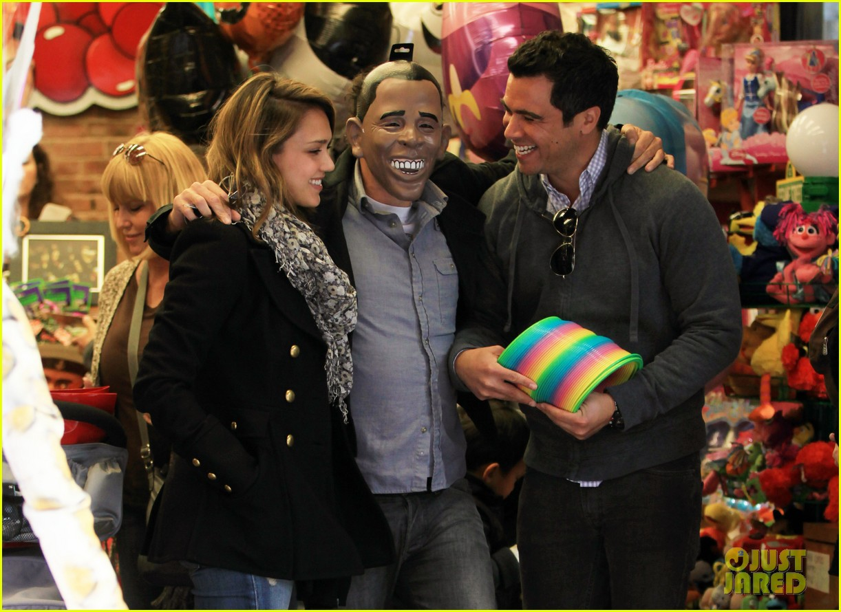 jessica alba out nyc family 02