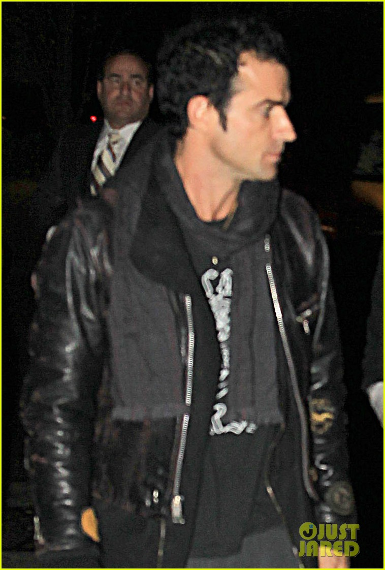 jennifer aniston justin theroux snl after party 02