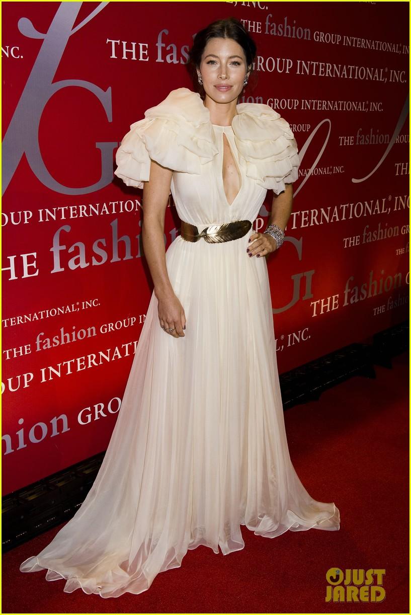 jessica biel fashion group 14