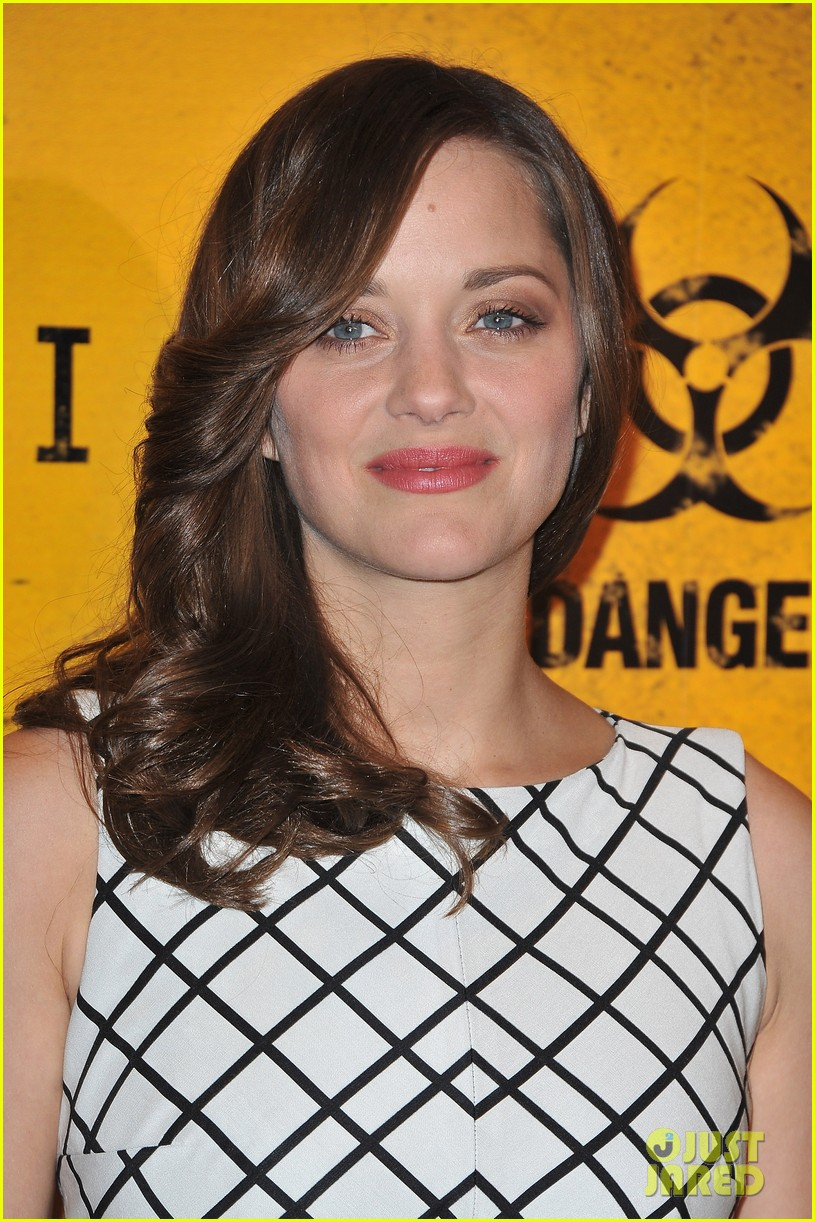 marion cotillard contagion paris photo call 02