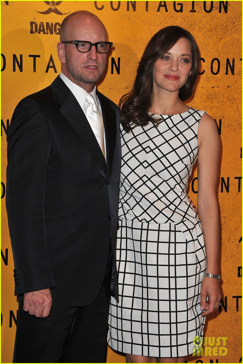 marion cotillard contagion paris photo call 03