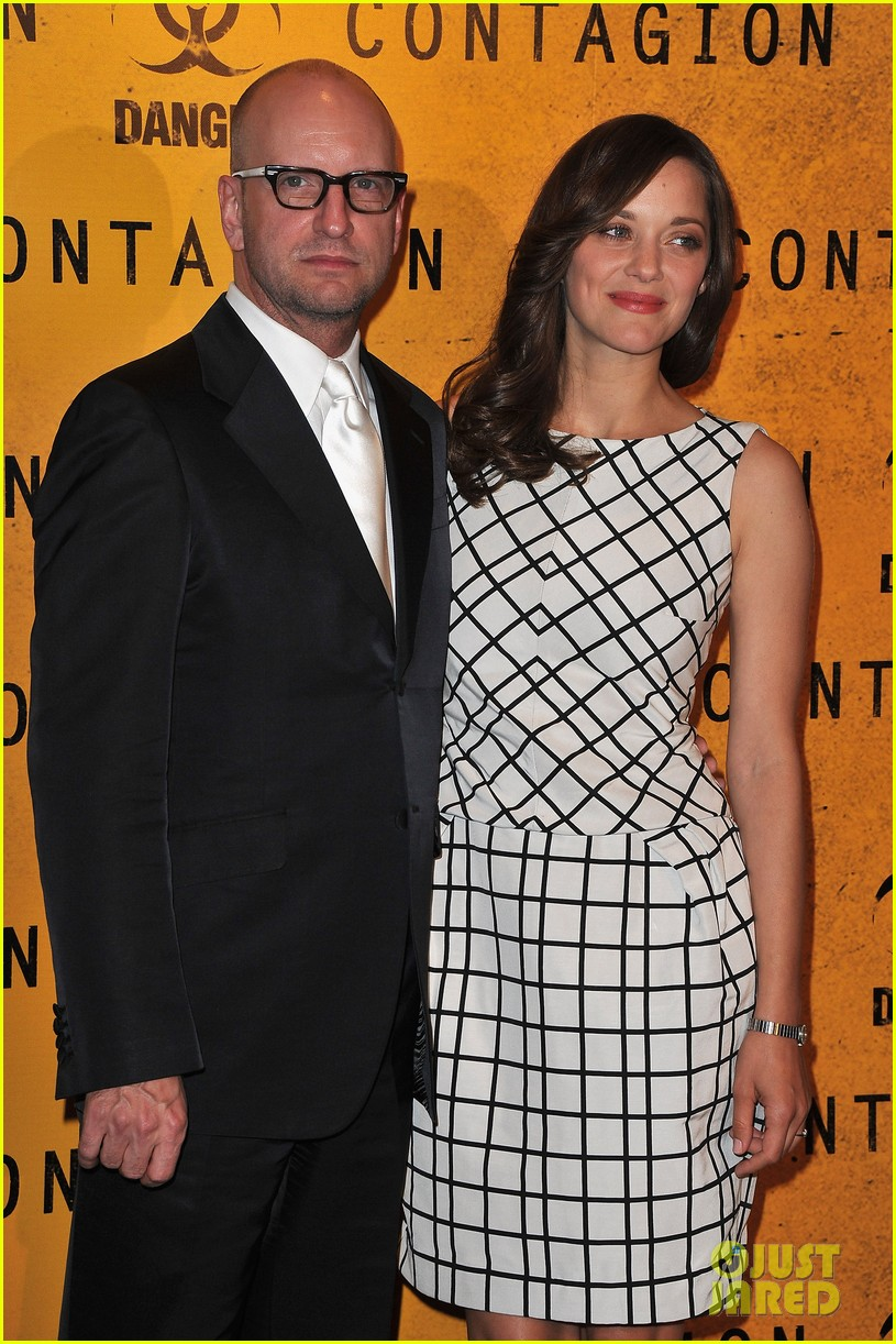 marion cotillard contagion paris photo call 082592865