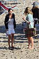 courteney cox beach cougar town 17