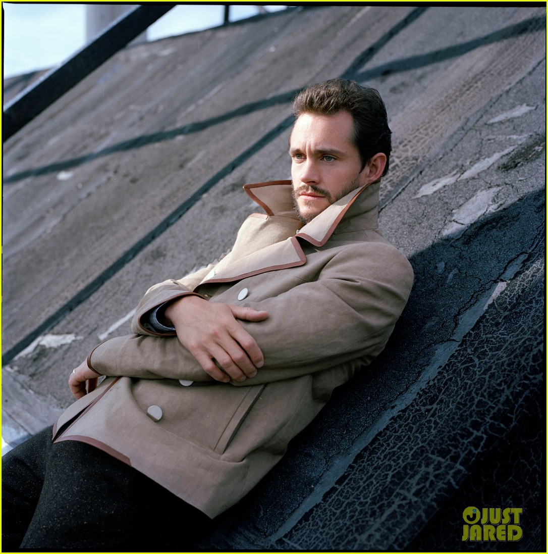 hugh dancy out feature 01
