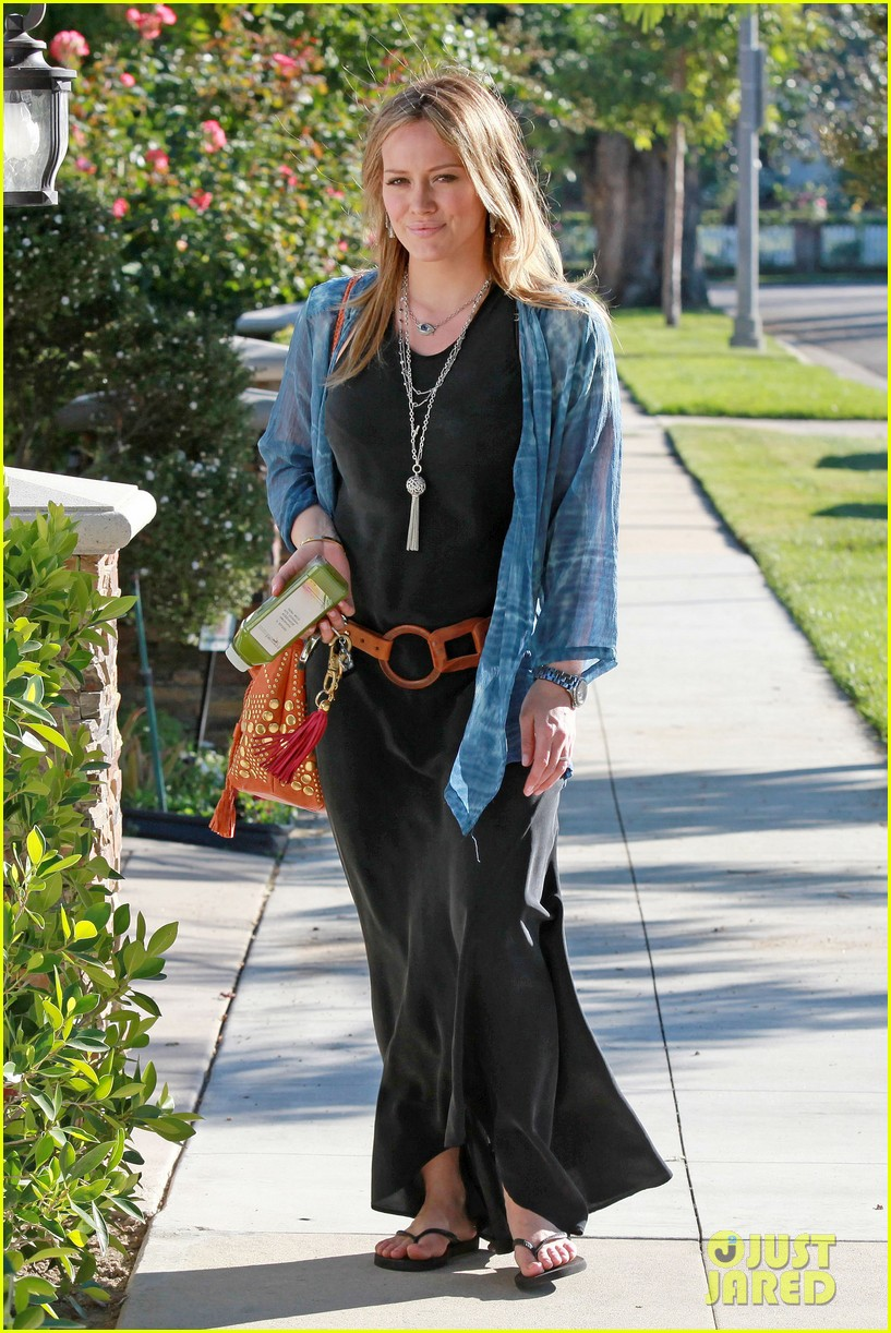 hilary duff belted maxi dress 10