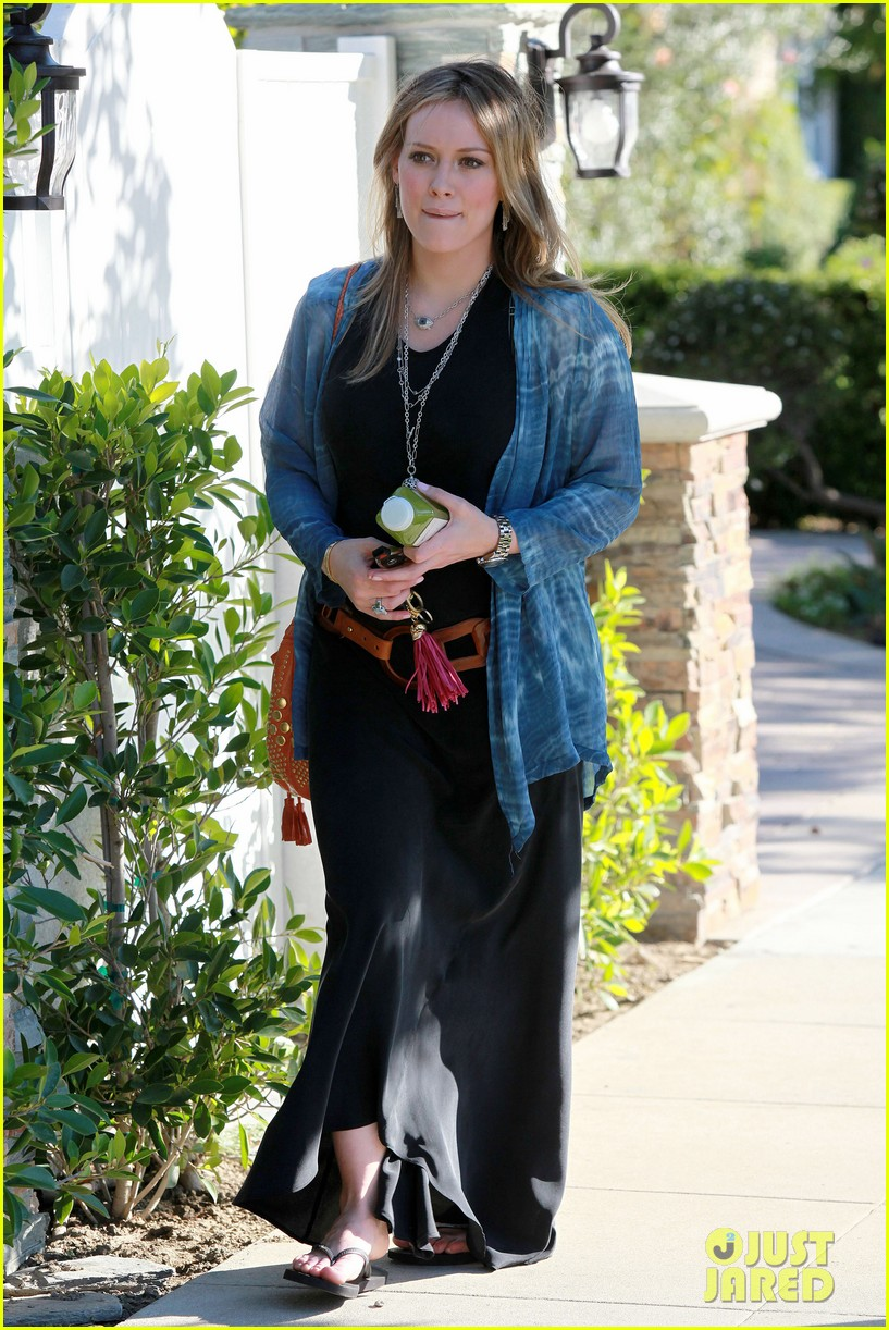 hilary duff belted maxi dress 16