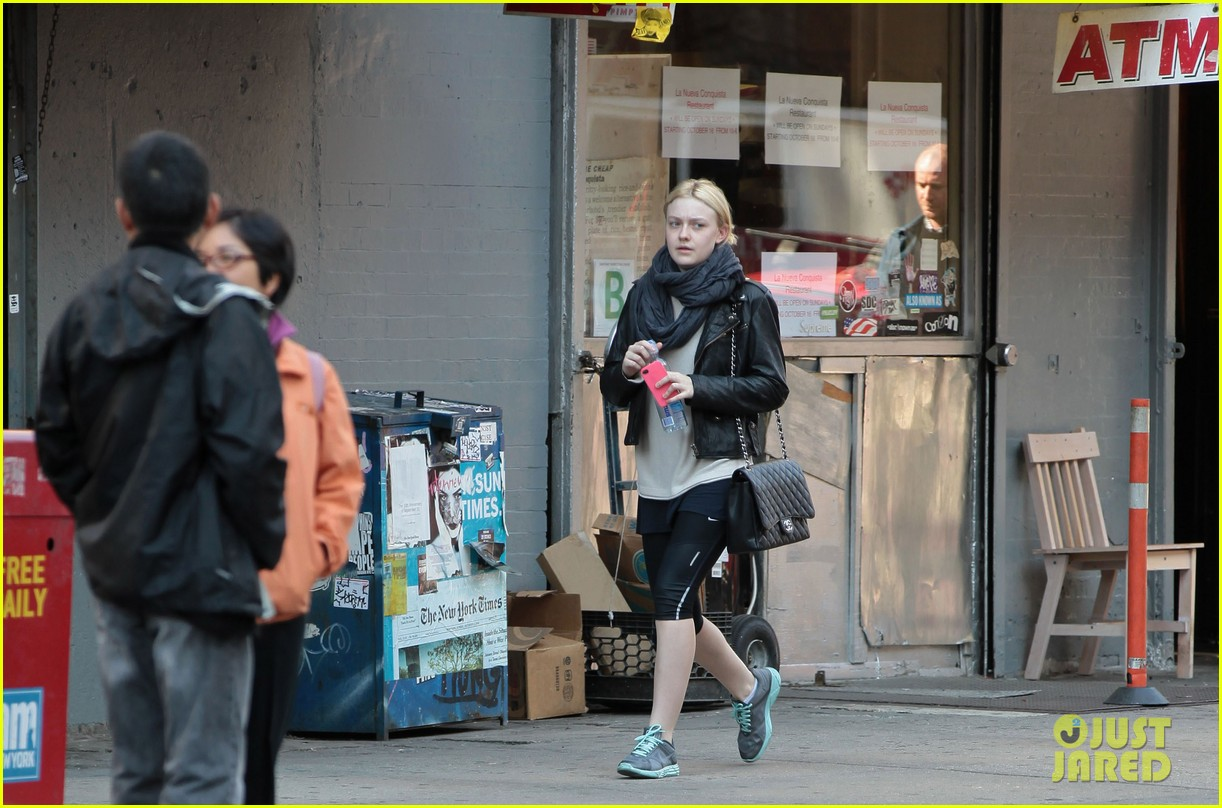 dakota fanning early morning workout 01