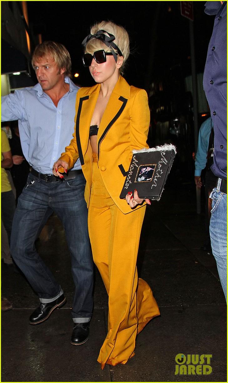 Lady gaga yellow bra