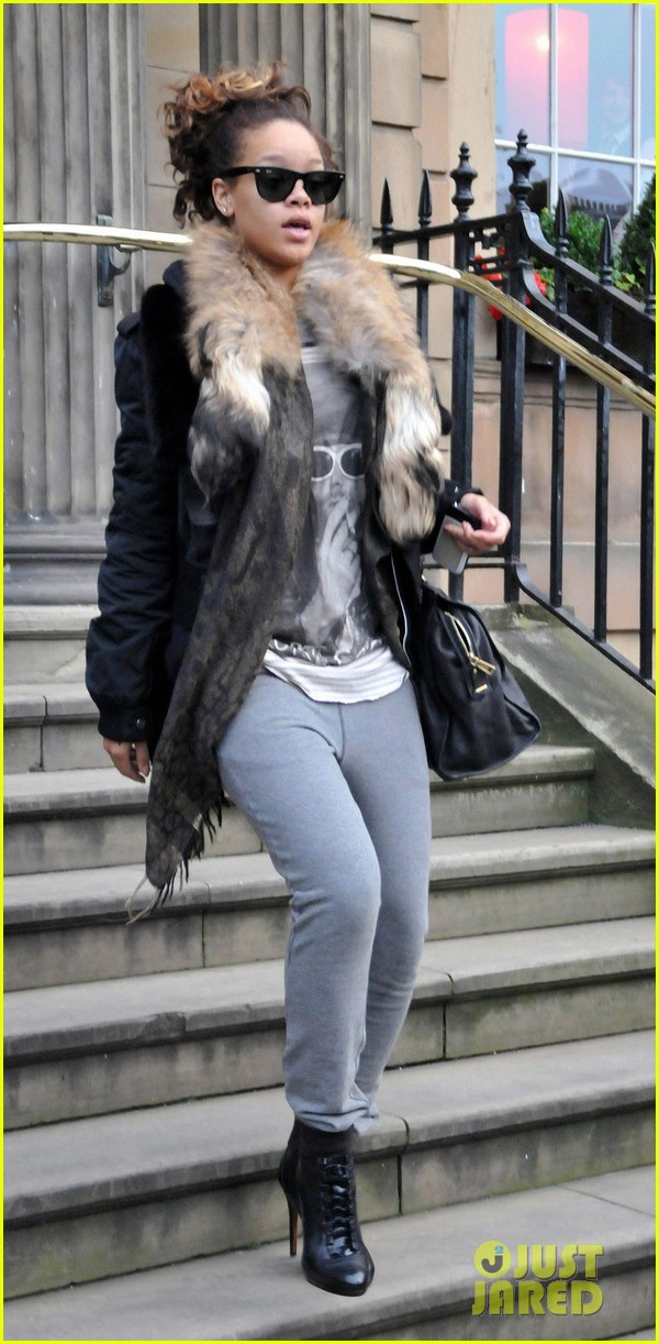 rihanna hotel glasgow 03