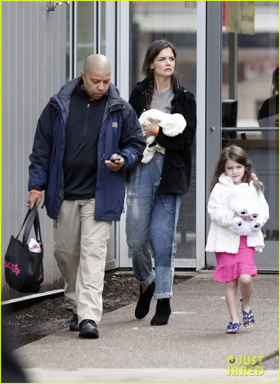 katie holmes suri ice cream 07