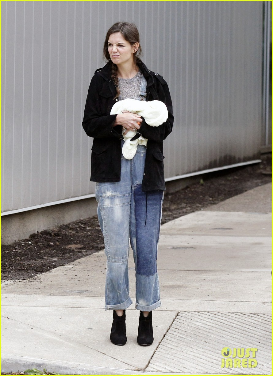 katie holmes suri ice cream 11