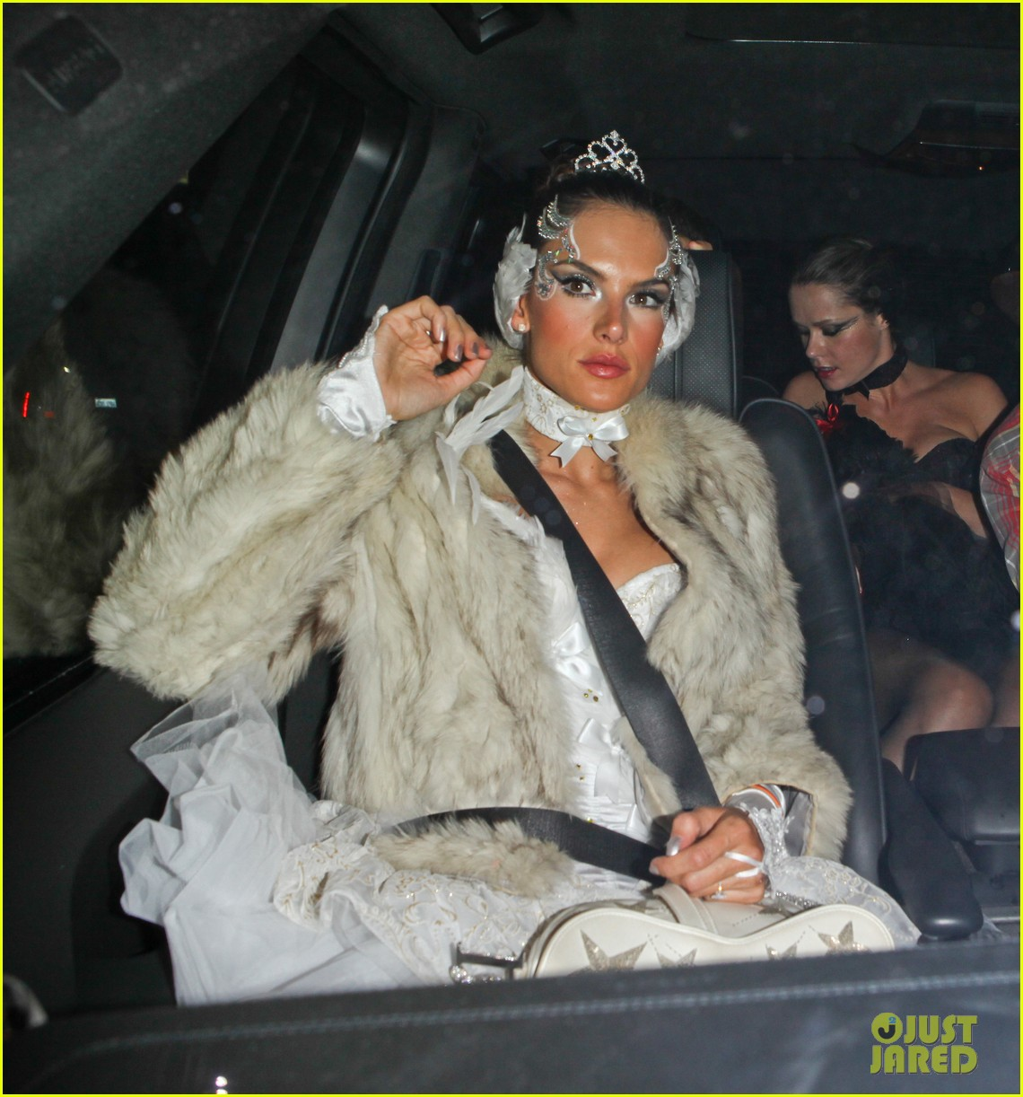 kate hudson halloween bash 04
