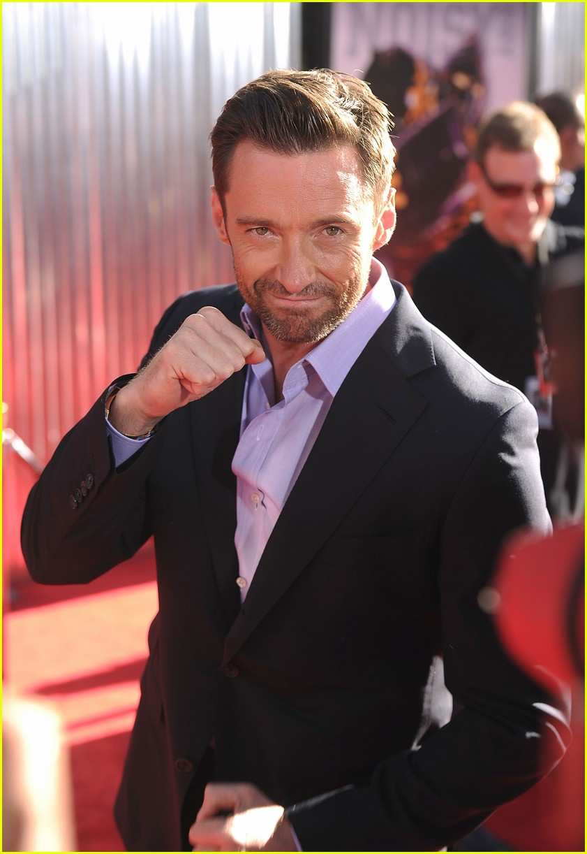 hugh jackman real steel universal city premiere 06