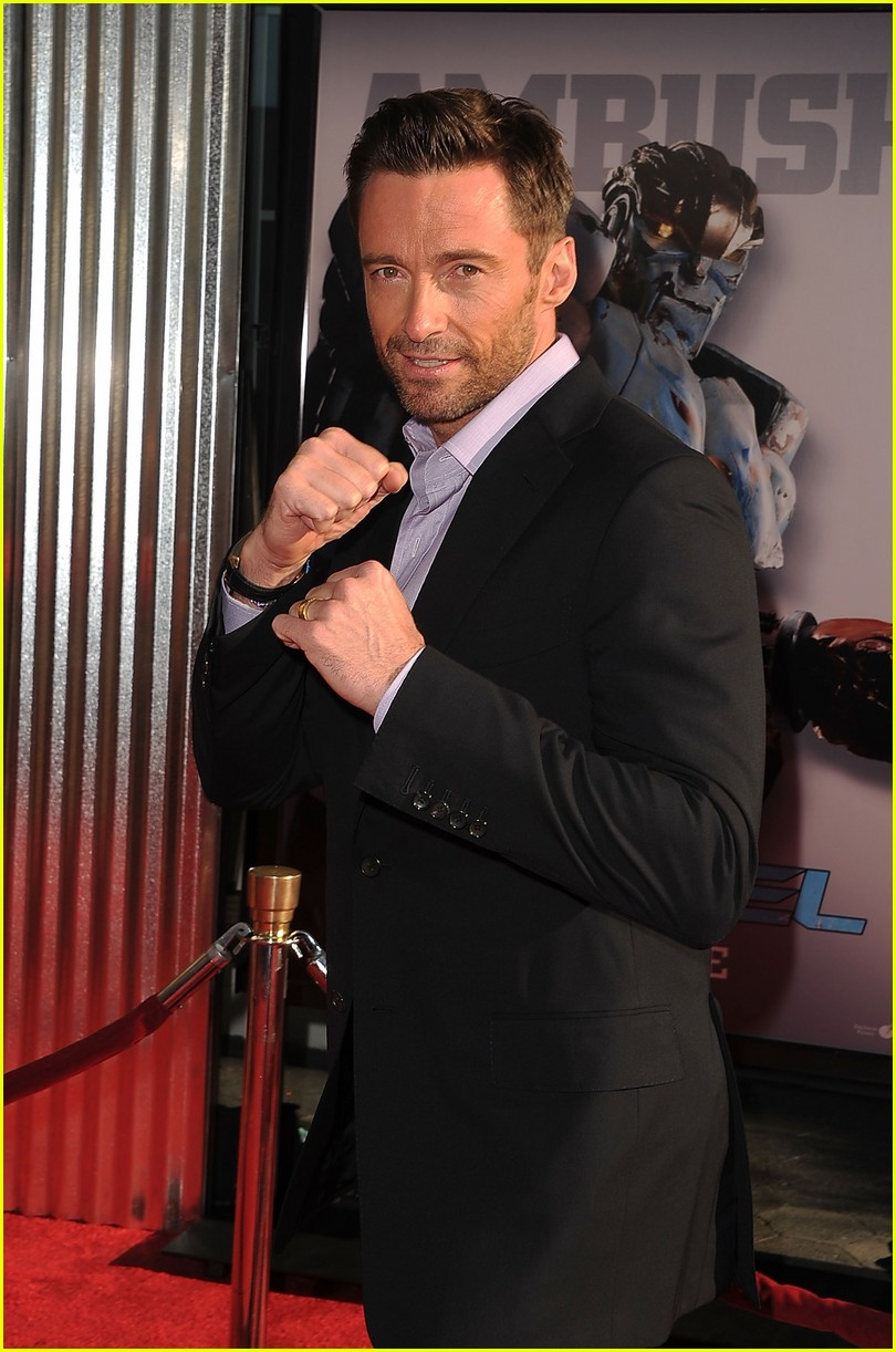 hugh jackman real steel universal city premiere 17