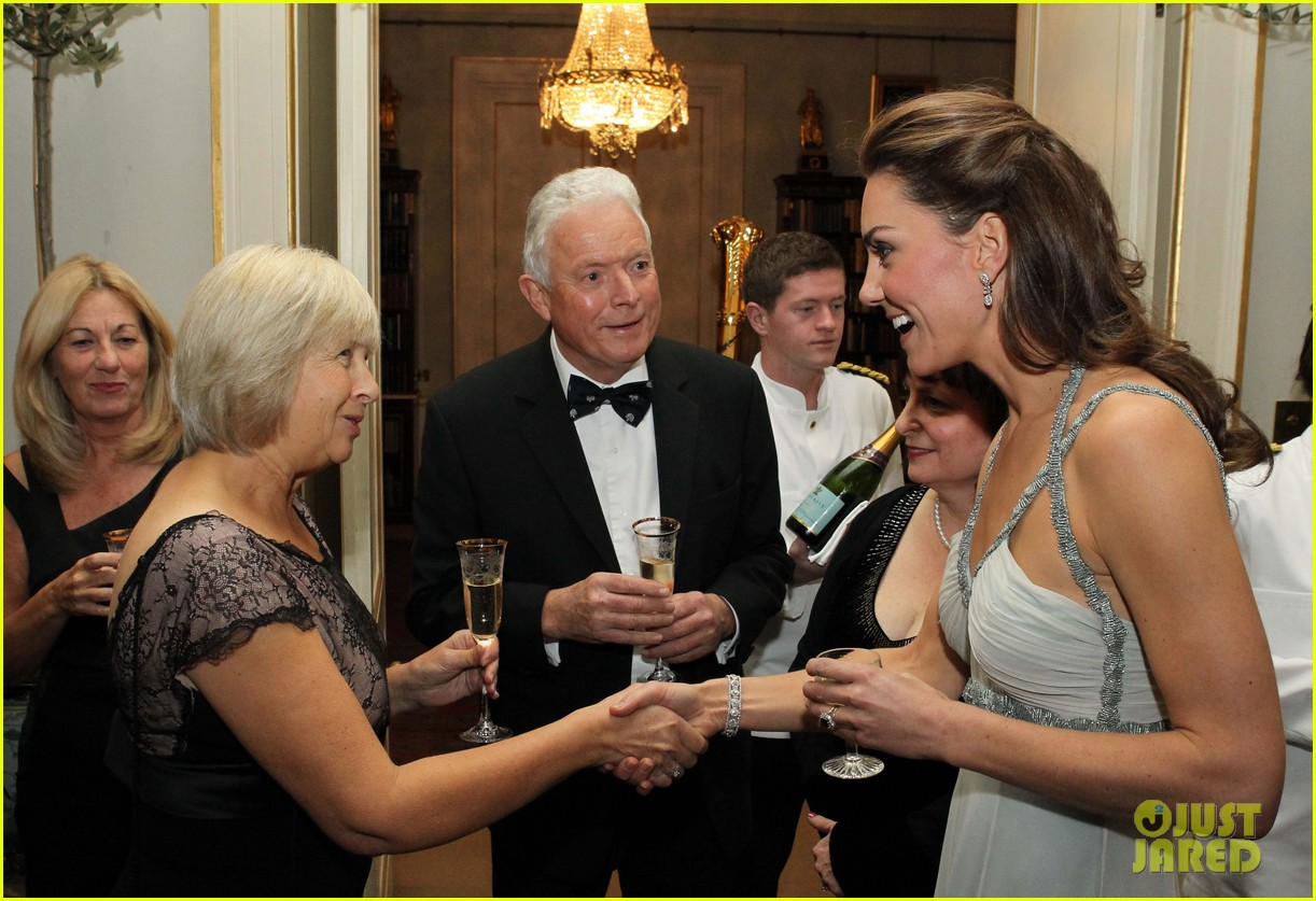 duchess kate in kind direct clarence house 04