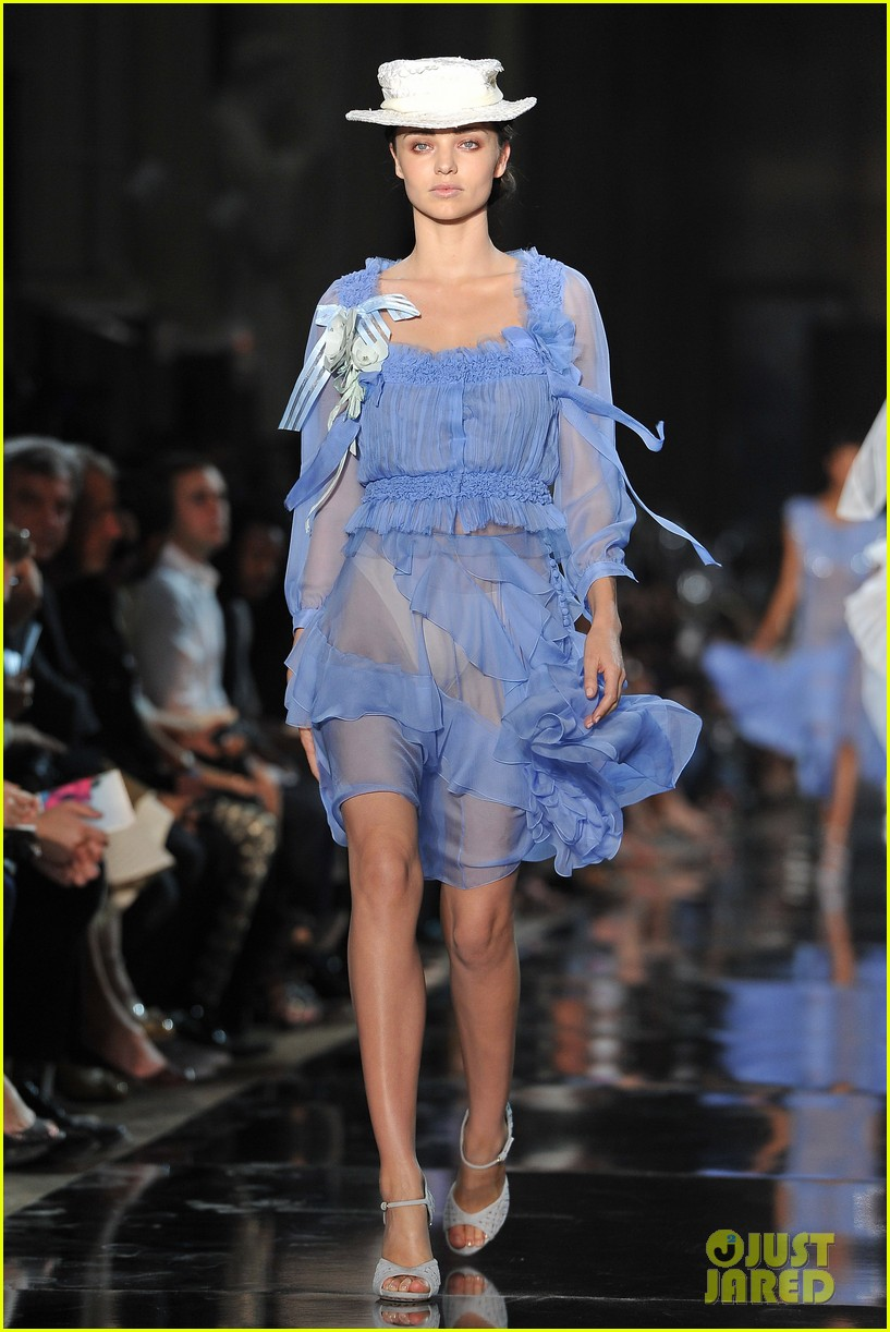 Miranda Kerr: Stella McCartney & John Galliano Runway ...