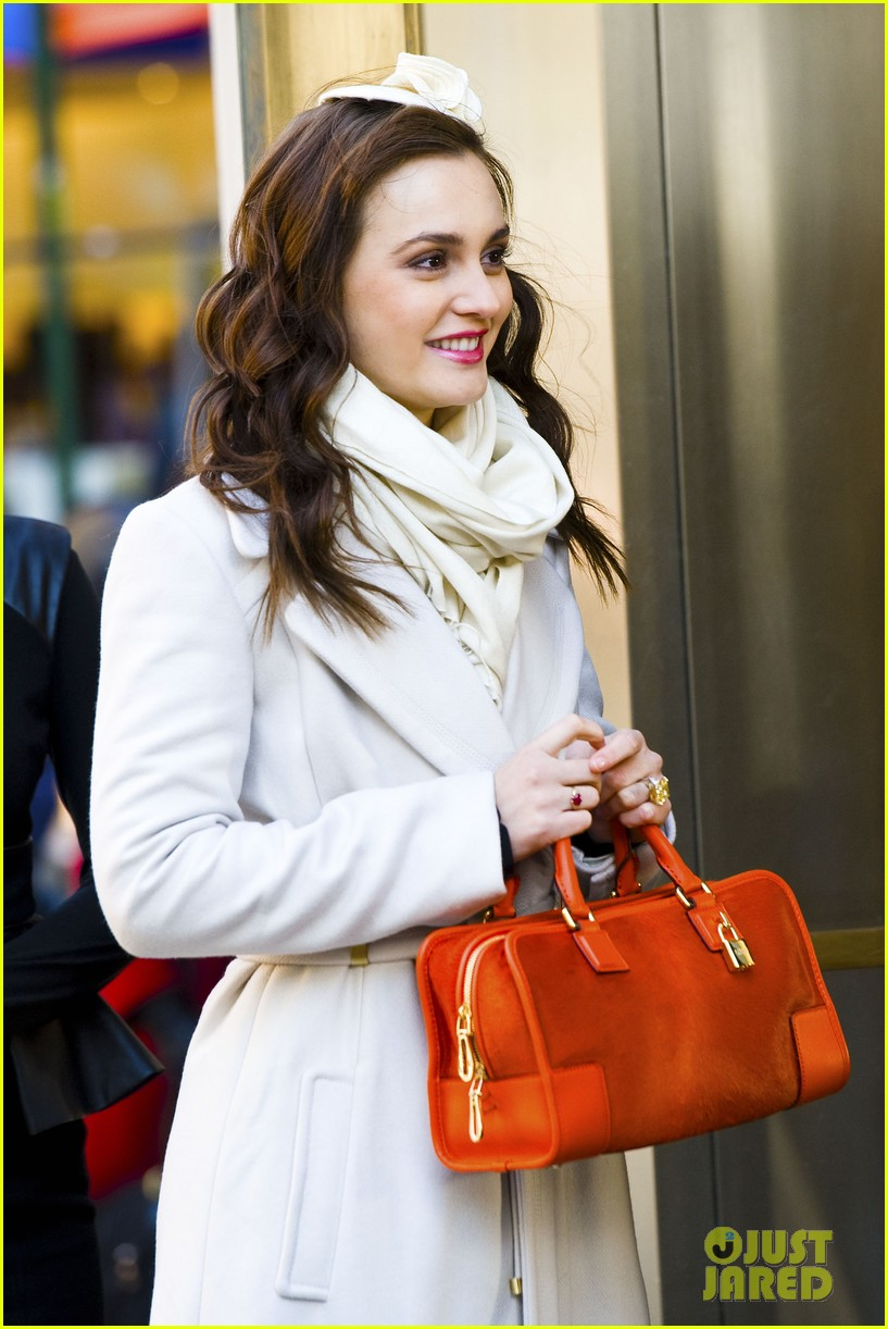 leighton meester white coat gossip set 022594724