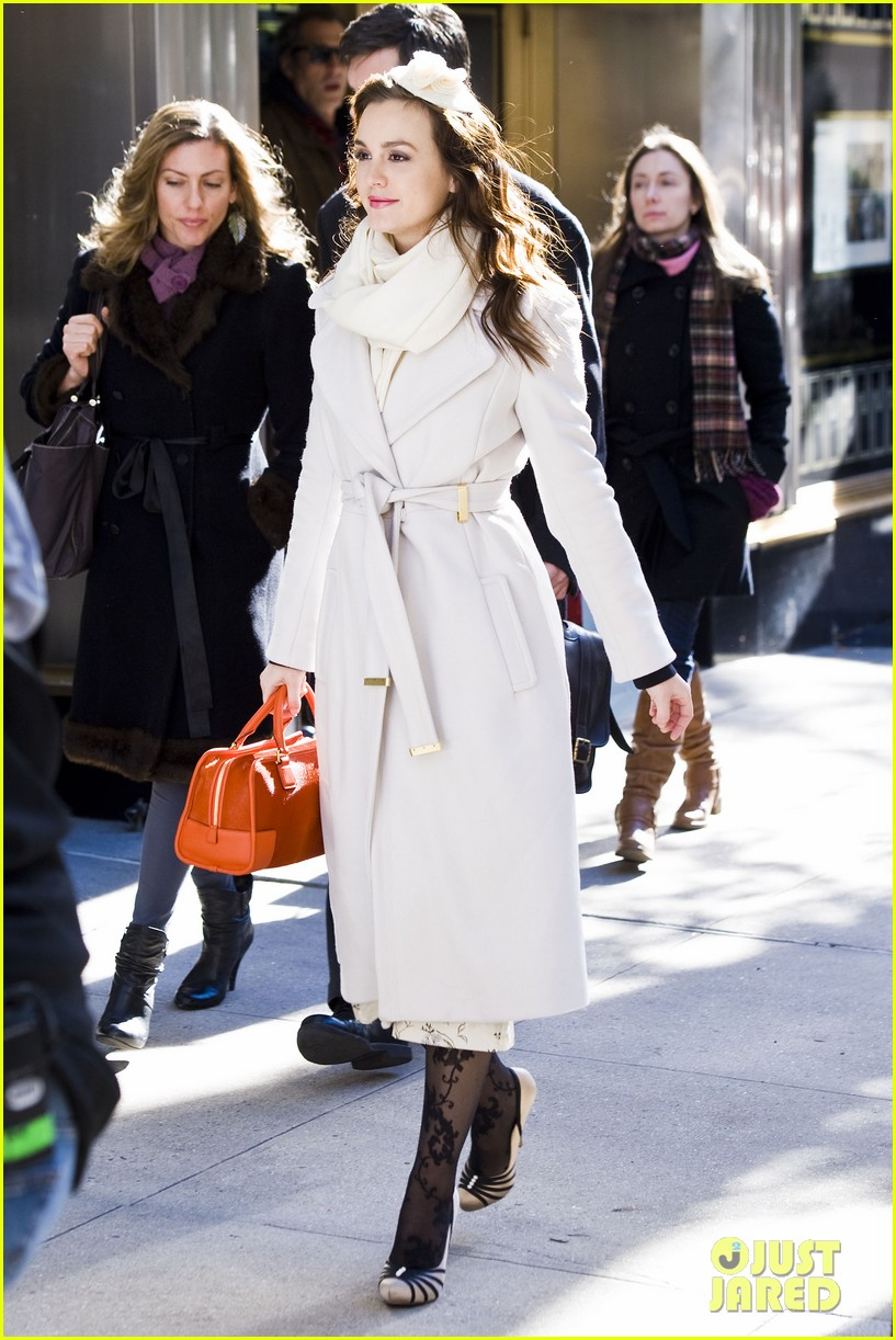 leighton meester white coat gossip set 112594733