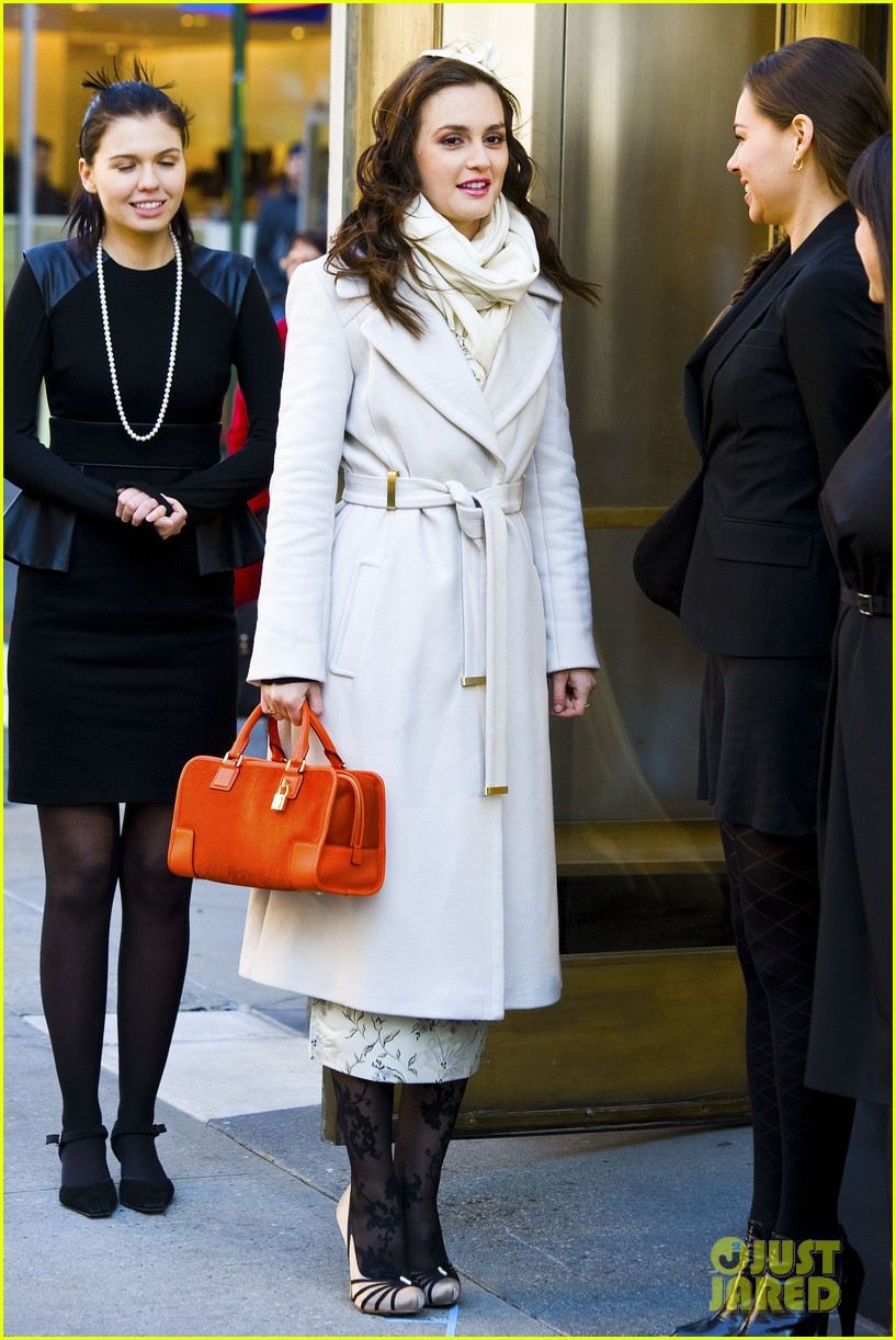 leighton meester white coat gossip set 14
