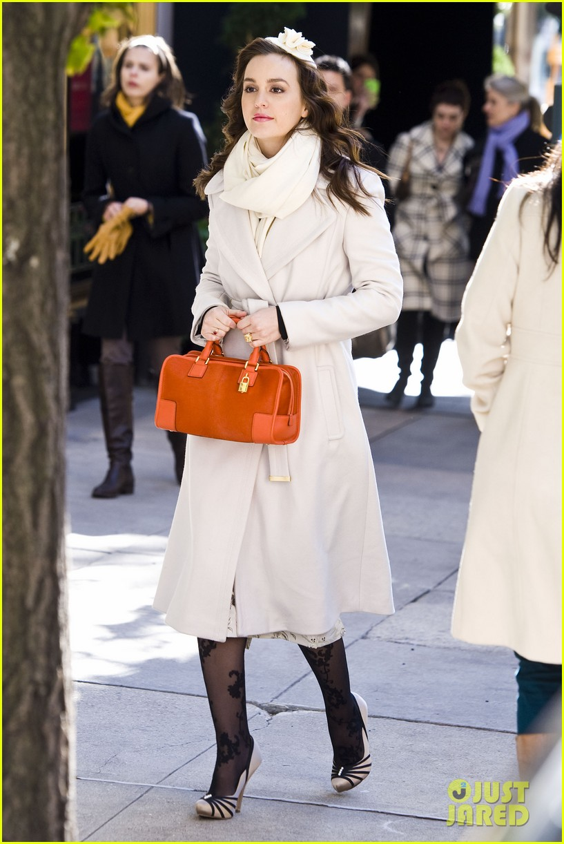 leighton meester white coat gossip set 15
