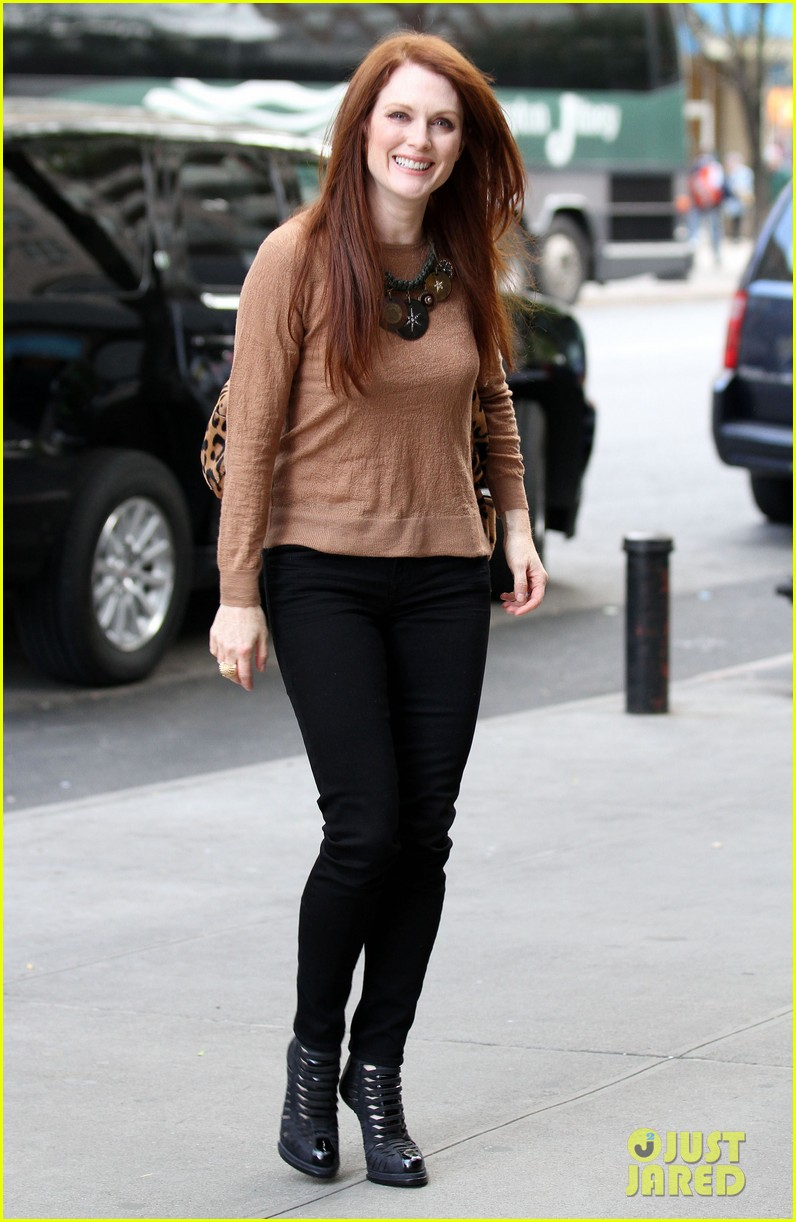 julianne moore today show 02