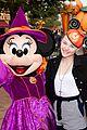 chloe moretz halloween time disneyland 02