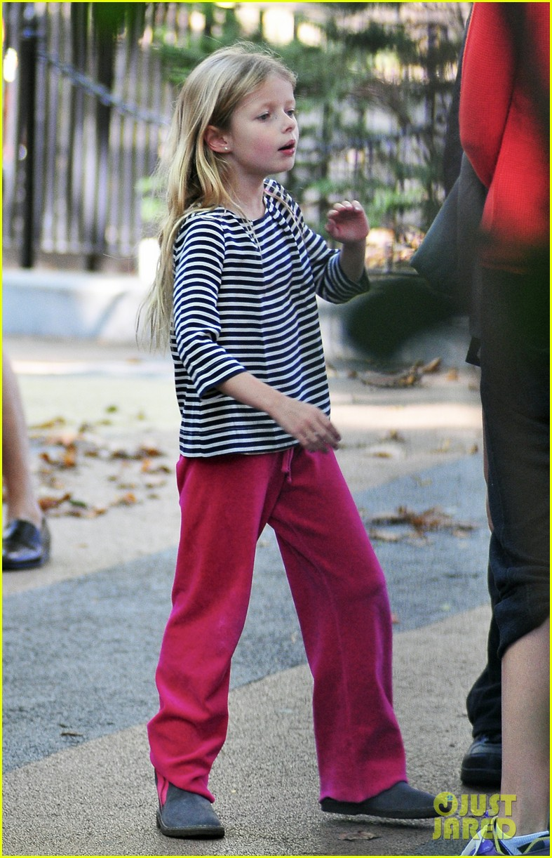 gwyneth paltrow park kids 03