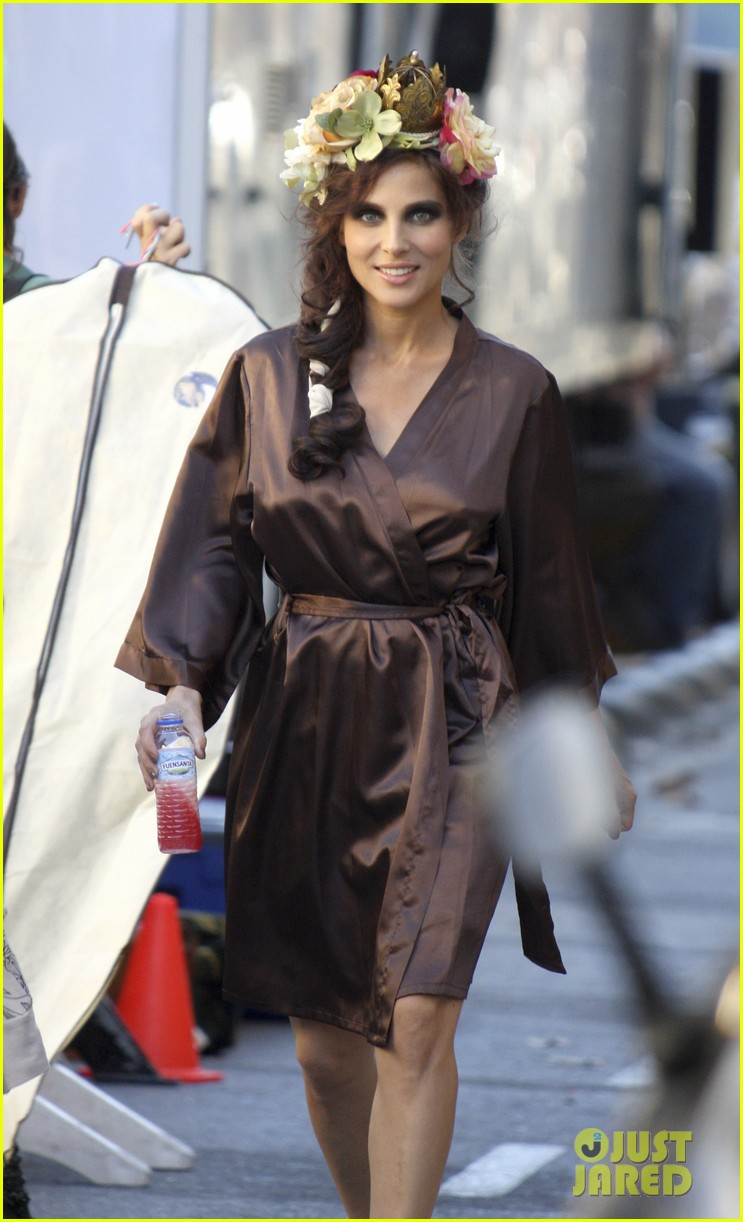 elsa pataky on set 10
