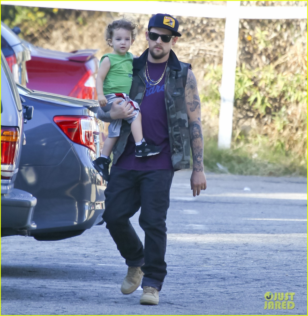 nicole richie joel madden pumpkin patch with the kids 13