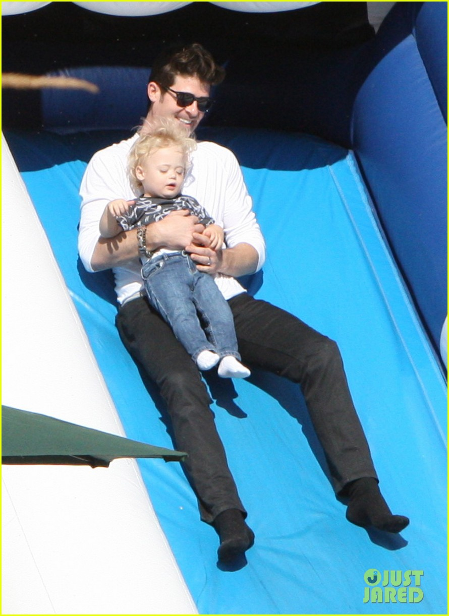 robin thicke paula patton pumpkin patch with julian 062588452