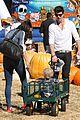 robin thicke paula patton pumpkin patch with julian 01