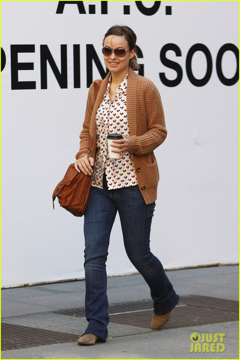 olivia wilde breakfast west village 03