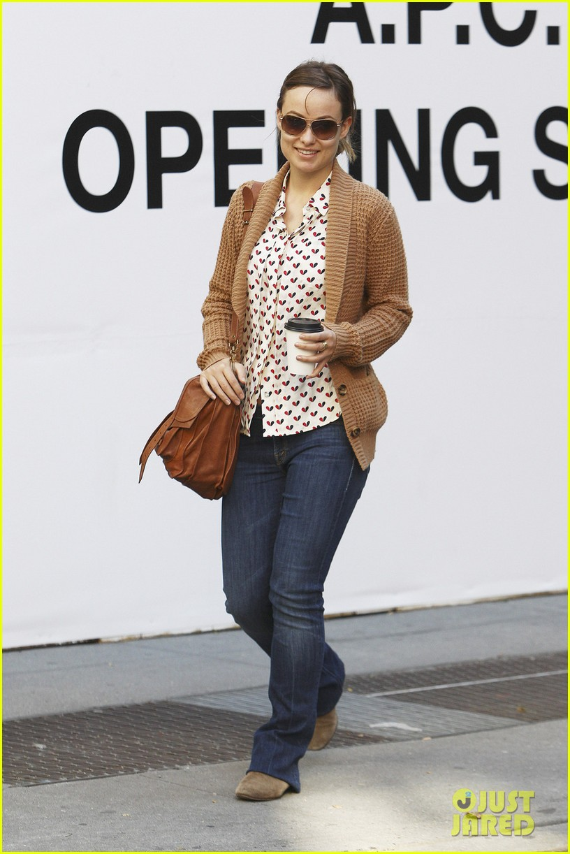 olivia wilde breakfast west village 04