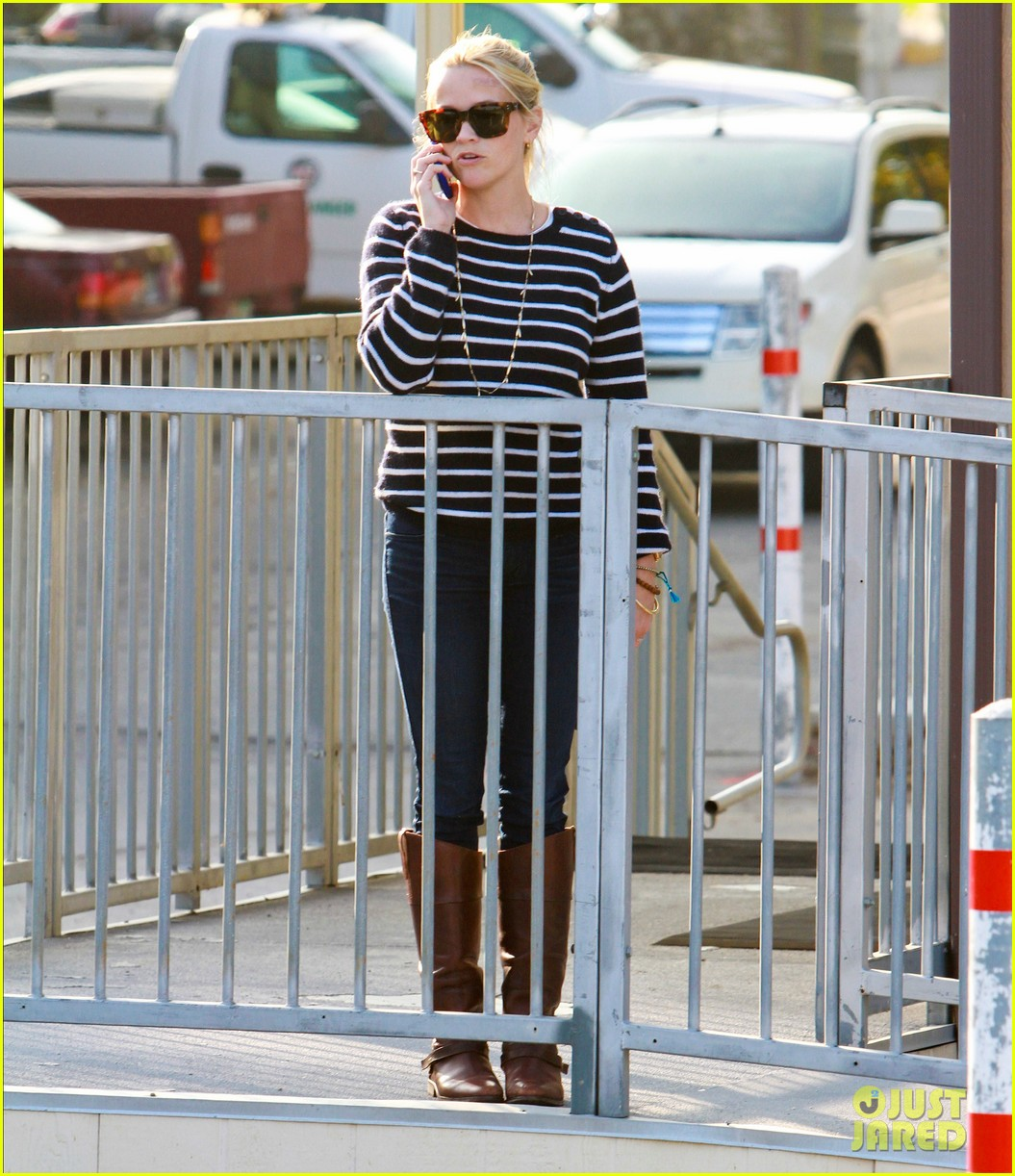 reese witherspoon ava griffith park 062591616