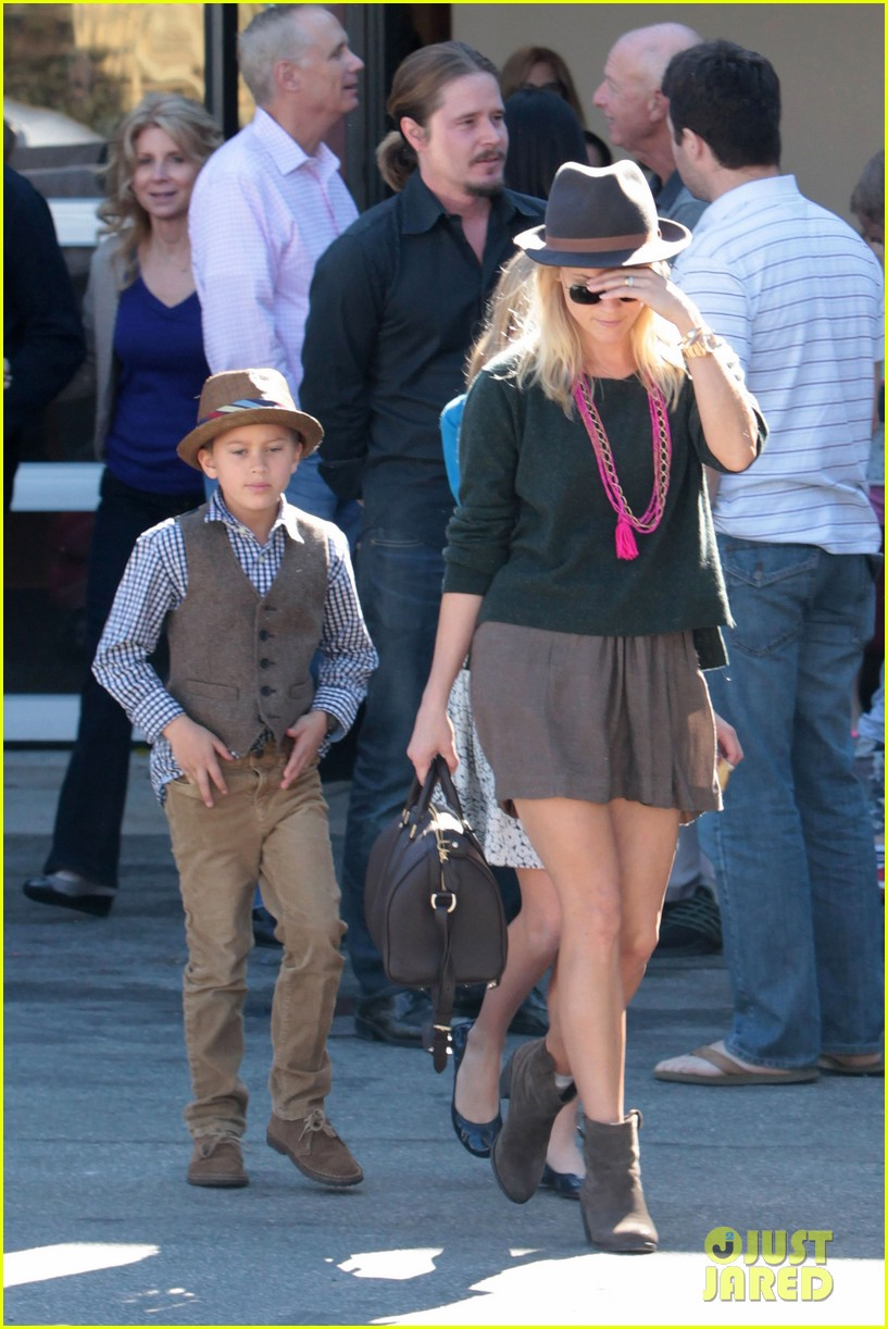 reese witherspoon family church 10