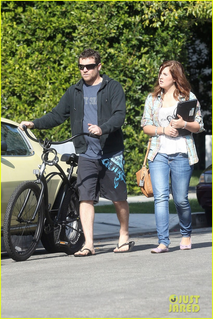 sam worthington bike board shorts 07