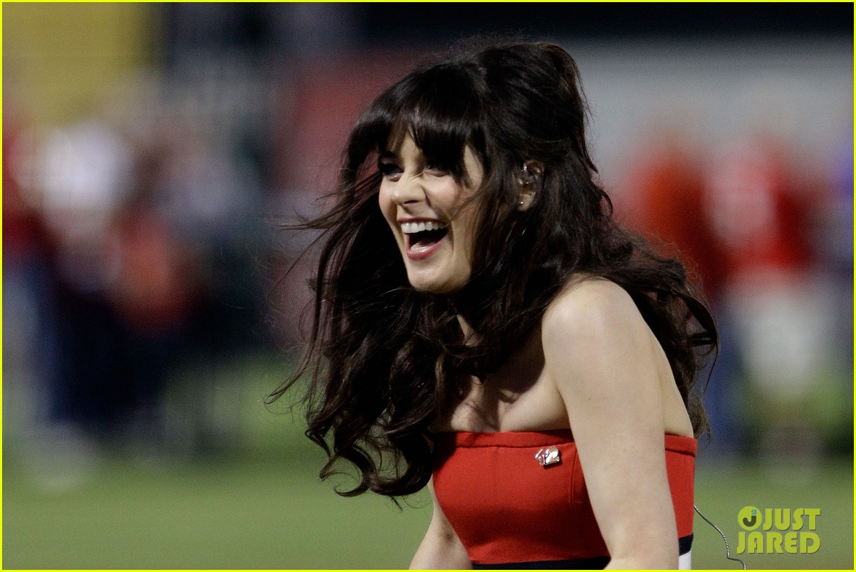zooey deschanel national anthem world series 07