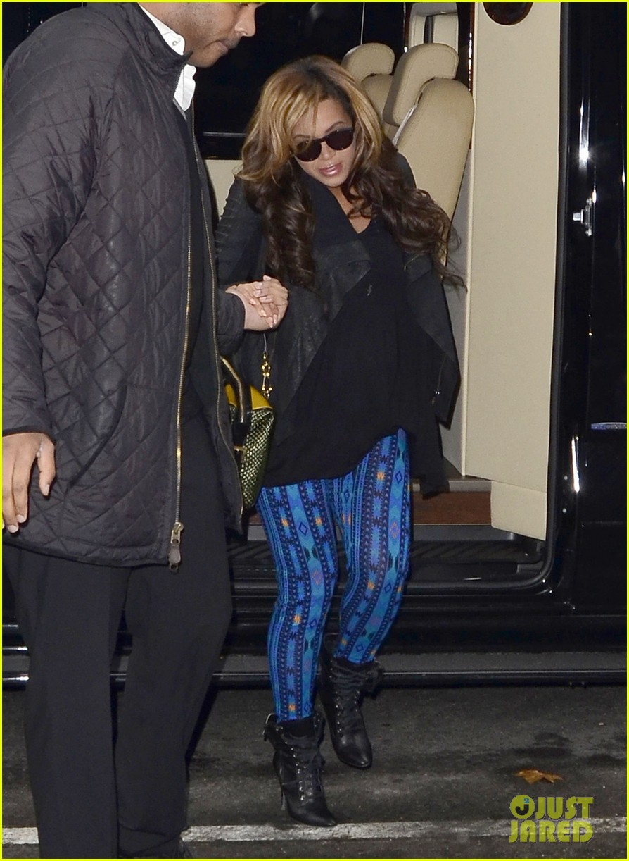 beyonce patterned pants nyc pregnant 02